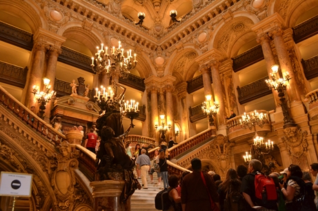 オペラ座,中央階段